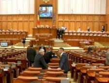 Legea pensiilor speciale pentru parlamentari, retrimisa la comisie