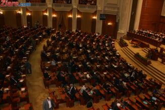 Legea referendumului, votata si de deputati PDL - unii au semnat apoi sesizarea CCR