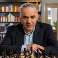 Legendarul Garry Kasparov, unul dintre cei mai buni jucatori de sah din istorie, vine la Bucuresti. Competitia la care participa