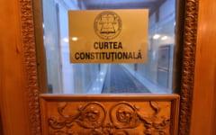 Legile privind functionarea Institutului Roman pentru Drepturile Omului si a Academiei Oamenilor de Stiinta, neconstitutionale. CCR a admis sesizarile presedintelui Iohannis