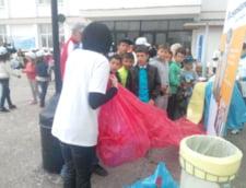 Let''s Clean Up Romania-La Magurele, primul kilometru de saci pentru colectarea selectiva a deseurilor