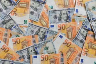 Leul a crescut la 4,8423 unitati pentru un euro marti