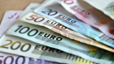 Leul a crescut miercuri la 4,8729 unitati pentru un euro