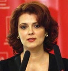 Lia Olguta Vasilescu, despre suspendare: Basescu trebuie sa dea piept cu poporul