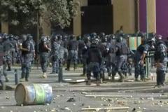 Liban: Un politist a murit, iar 238 de persoane au fost ranite la protestele de sambata. Premierul propune alegeri anticipate