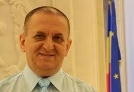 Liberal apropiat de Antonescu: PNL il propune pe Iohannis pentru Presedintie