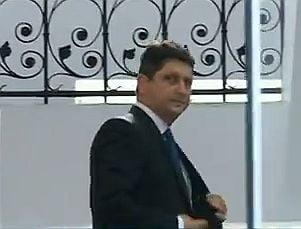 Liberalii acuza PSD ca au sabotat sedinta la care se discuta cazul Corlatean