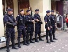 Liberalii brasoveni impiedicati sa protesteze in fata sediului PD-L