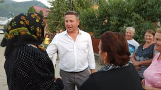 """Liberalii din Singeorz-Bai merg mai departe cu primarul care si-a abuzat fetita, in ciuda mesajului lui Orban. """"Nu intereseaza valoarea lui ca om"""""""