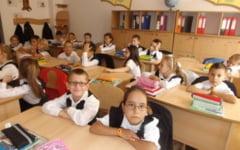 Liceele din Buzau au strans mai putine cereri pentru ora de religie decat unitatile cu elevi minori