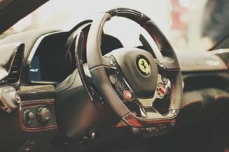 Licitatie pentru visul oricarui barbat: Un Ferrari din anii '50 (Video)