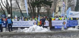 """Lider sindical din Politie, dupa protestul de la Cotroceni: """"Cresterea salariului minim cu doar 41 de lei e o batjocura, seamana cu ce a facut Ceausescu in '89"""""""