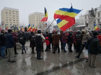 Liderii PSD au fost huiduiti la manifestarile din Iasi de Unirea Principatelor (Video)