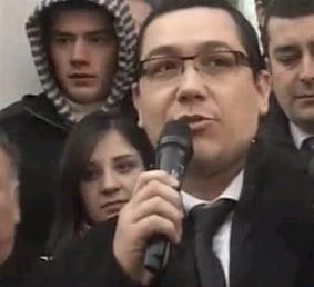 Liderii PSD fac scut in jurul lui Nicolescu - Vanghelie asteapta sa fie si el saltat de mascati