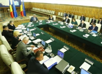 Liderii PSD se contrazic pe tema remanierii Guvernului. Ce spune premierul Tudose