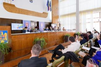 """Liderii PSD si USRPLUS Iasi spun ca din cauza PNL bugetul judetului este """"fara cap si fara coada"""". De ce fac aceste afirmatii"""