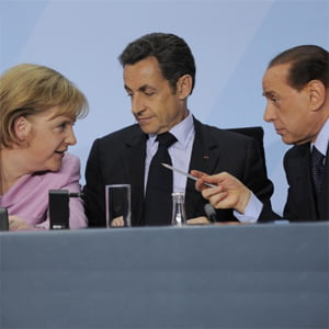 Liderii UE avertizeaza Italia sa evite soarta Greciei