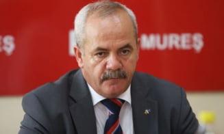 Liderul PSD Mures, Vasile Gliga, s-a retras de la conducerea organizatiei. Interimatul va fi asigurat de fiica sa