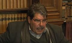 Liderul principalei militii kurde din Siria a fost arestat la Praga, la cererea Turciei