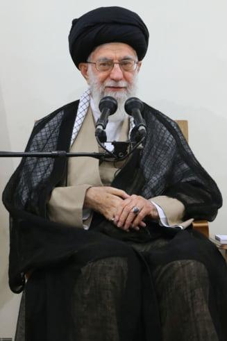 Liderul religios al Iranului ii da replica lui Trump: Discursul irational de gangster se explica prin ura