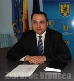 """Liderul romilor il acuza pe primar ca-i prigoneste pe asistatii social. Misaila: """"Nu si-au platit datoriile"""""""