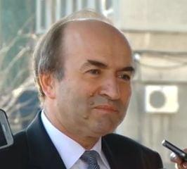Lipsa de transparenta la Ministerul Justitiei: Tudorel Toader refuza sa dezvaluie cum si de cine sunt evaluati Lazar si Kovesi