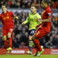 Liverpool castiga in Anglia si se apropie de cupele europene