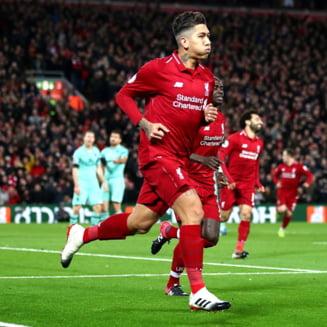 Liverpool o umileste pe Arsenal in marele derbi de pe Anfield, iar titlul e si mai aproape