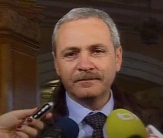 Liviu Dragnea: Ce? Adrian Nastase e Mos Craciun?