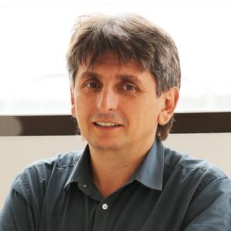 "Liviu Marian Pop il ataca pe Andrei Plesu, uitand zicala ""daca taceai, filozof ramaneai"""