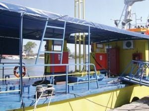 Liviu Mihaiu a aprobat benzinarii plutitoare in Delta