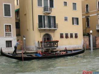 Localnicii din Venetia fierb de nervi din cauza turistilor care fac galagie si gunoi