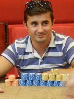 Locotenentul revolutionar a dat protestele pe poker