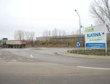 Locuitorii Slatinei s-ar putea pensiona mai devreme cu 2 ani din cauza poluarii remanente