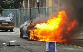 Londra, in flacari, politia a pierdut controlul (Galerie Foto)