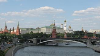 """Londra spune ca """"foarte probabil"""" insusi Putin a decis folosirea neurotoxinei in cazul Skripal. Kremlinul e socat"""
