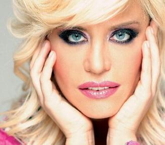 Loredana Groza va sustine un concert live pe Facebook