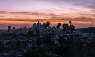 Los Angeles impune carantina stricta pentru trei saptamani. Adunarile publice si private, interzise