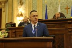 """Lost in translation: Ministrul Apararii cere ancheta, dupa ce declaratiile sale despre un """"Schengen militar"""" au fost denaturate"""