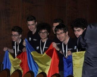Lotul de seniori al Romaniei a obtinut doua medalii de aur si patru de argint la Balcaniada de Matematica