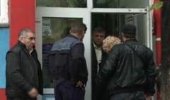 Luare de ostatici intr-un oficiu postal din Bucuresti (Video)