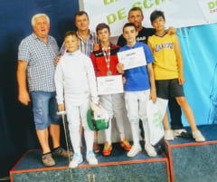 Luca Gurza de la CS Satu Mare a devenit vicecampion la spada 12-13 ani