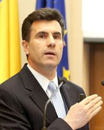 Lucian Croitoru: Salariile si pensiile ar trebui sa ramana reduse in urmatorii 2 ani (Video)