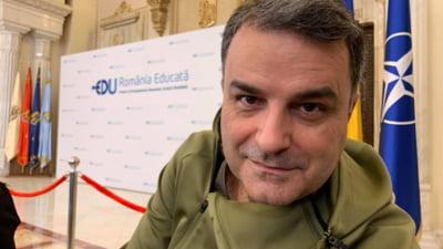 "Lucian Mindruta, catre vedeta Pro TV Dragos Bucur, care a anuntat ca refuza sa poarte masca si sa se vaccineze: ""Esti doar un ignorant care crede in libertatea de a imprastia in jur scuipat"""