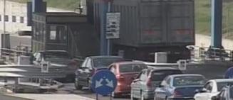 Lucrari de reparatii pe Autostrada A2 Bucuresti - Constanta. S-au format coloane de masini in miscare pe doi kilometri