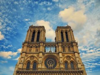 Lucrarile de demontare a vechii schele de la Catedrala Notre Dame din Paris s-au incheiat. Au durat aproape 6 luni