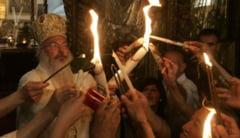 Lumina Sfanta de Paste, explicata stiintific. Ce spune un preot despre minune