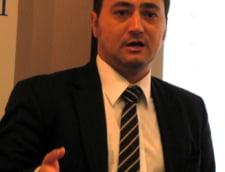 M. Palada si S. Lazaroiu, doi inadecvati periculosi (Opinii)