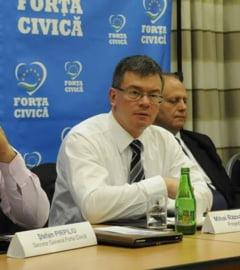 M.R.Ungureanu, atac la Elena Udrea: Cum s-a ajuns sa impartiti certificate de basism?