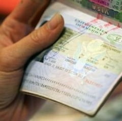 MAE: Romanii vor calatori fara vize in SUA, insa nu se stie cand